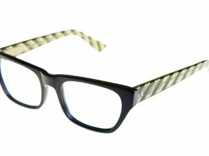 reagan-matte-blk-yellow-stripe-dl-angle